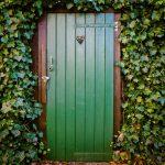 Refuerza tu puerta blindada